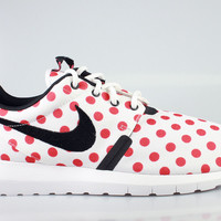 Nike Men's Roshe Run One NM Polka Dot Pack White