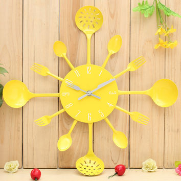 High Quality Metal Kitchen Cutlery Utensil Wall Clock