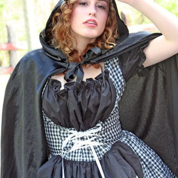Gothic Little Red Riding Hood Halloween Costume