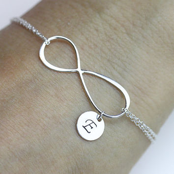 initial infinity Bracelet . one initial Bracelet .Sterling Silver Infinity Charm Bracelet. love,Mom,Sister,Wife,Bridesmaid Gift