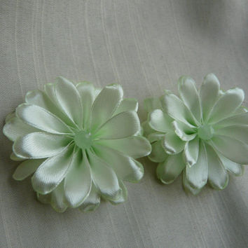 Green Hair Pins, Flower Girl Hair Accessory, Flower Girl Pin, Light Green Pins, Bridesmaid Hair Clip, Floral Hair Slides