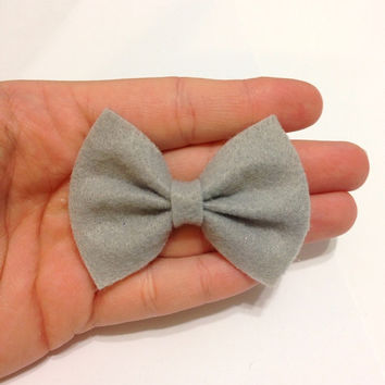 Mini Light GrayFelt Hair Bow on Alligator Clip - 2.5 Inches Wide - AFFORDABOW Line - Affordable and High Quality Hair Bows