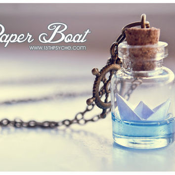 Paper Boat bottle Necklace. Ocean necklace, Glass Vial Necklace. Glass Bottle Pendant. Cute Necklace. Miniature bottle