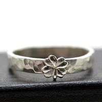 Silver Clover Ring, Engravable Ring, Custom Engraving, Four Leaf Clover, Good Luck Ring
