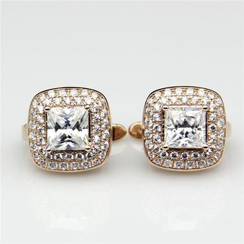 9KT Rose Gold Colorless Lab Diamond 2.6 Carat Stud Halo