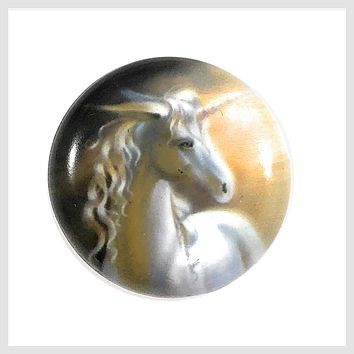 Painted Enamel Unicorn White 20 mm 3/4""
