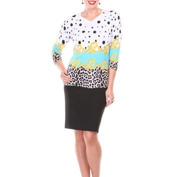 Round Neck, Printed 3/4 Sleeves Top With Beading On The Floral Print Purple Large/Extra Large