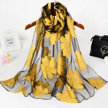2017 Women Lace Scarf Sjaal Foulard Femme ladies Luxury Brand Printing Silk Scarf Floral Shawls Scarves