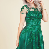 Falling in Lovely Fit and Flare Dress in Emerald | Mod Retro Vintage Dresses | ModCloth.com