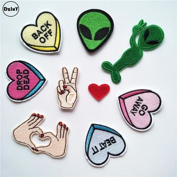 1 PCS Finger parches Embroidered Iron on Patches for Clothing DIY Stripes Alien Clothes Stickers Custom Heart Badges @D