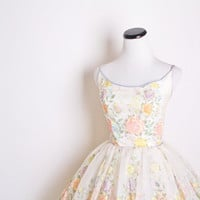 1950s Wedding Dress / Vintage Wedding Dress / Dress / Dresses / Pastel Rose Dress / Bombshell / Pinup / Mad Men / Floral / Flowers / 1135