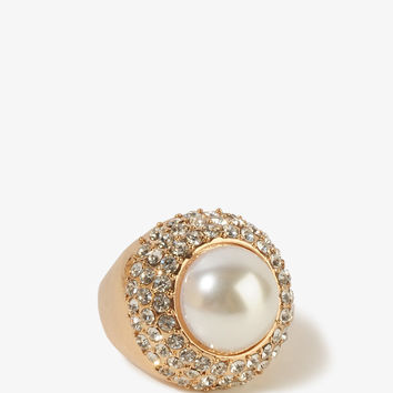 Opulent Pearlescent Ring