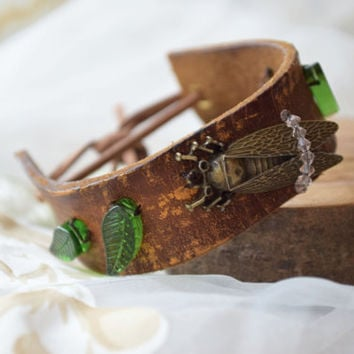 Bohemian leather cuff bracelet Cicada woman jewelry Boho Bracelet Insect Boho Chic rustic bracelet Recycled belt upcycled Nature lover gift