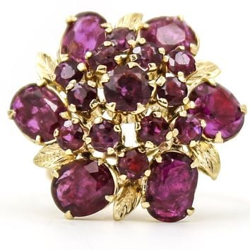 ESTATE JEWELRY Retro Ruby Flower Cluster Ring in 14k Yellow Gold, Size 6