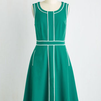 Long Sleeveless A-line Roving Reporter Dress in Jade