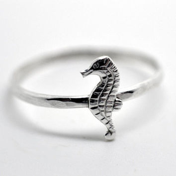 Silver Seahorse Ring, Sterling Silver Ring, Ocean Jewelry, Nautical Ring, Animal Ring