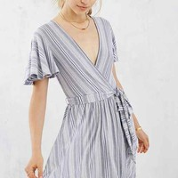 Kimchi Blue Flutter Sleeve Variegated Stripe Dress