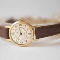 Vintage woman's watch gold plated Glory wristwatch round case classic watch premium leather strap