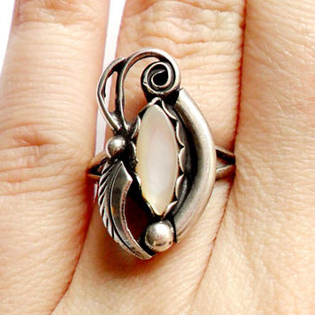 Vintage Southwestern Mother of Pearl Ring - Silver - Sarah Curley - Navajo - Signed Marked - Boho Style - Bohemian - Festival