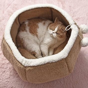 Cozy Dumpling Kitty Bed