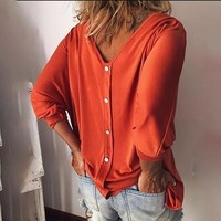 Laamei 2019 New Arrival Batwing Sleeve Women T-shirts Loose Solid Long Sleeve Tee Shirt V Neck Back Buttons Top Tees Plus Size