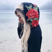 Autumn and winter 2017 new European and American style large flower women's clothing embroidered hooded hoodie jacket