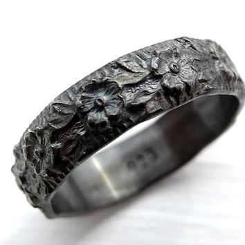 floral wedding band black silver, flower ring silver eternity ring, promise ring flower, nature engagement ring, silver wedding ring women