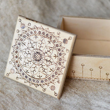 Eco Woodburned Mandala Jewelry Box - Pyrography Keepsake Box - Woodburning Ring Bearer Box - Beige and Brown