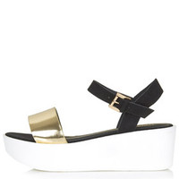HONEY Wedge Sandals - Gold