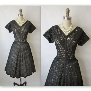 50's Eyelet Cotton Dress // Vintage 1950's by TheVintageStudio