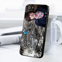 Wooden Oliver Sykes iPhone 5 Or 5S Case