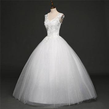 Off White Sleeveless Wedding Gowns Flower Pattern Beading Appliques   Lace Wedding Frock