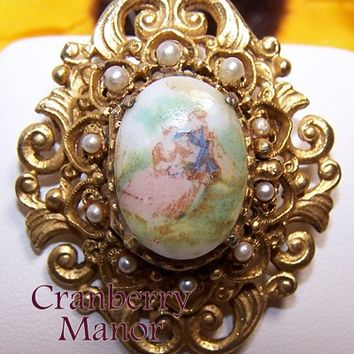 Florenza Brooch, Cameo Pin, Transferware Jewellery, Victorian Couple, Pink Blue Pearl, Vintage Designer Signed Fashion Costume Jewelry J645