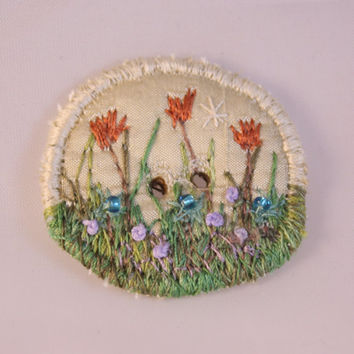 Round Button fabric covered button spring coral tulip floral flower garden cream embroidered decorative shawl button beaded button