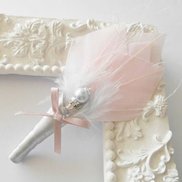 Art  Deco Small Corsage Mother of Bride Groom Boutonnière Buttonhole Corsage Pink Grey Feather