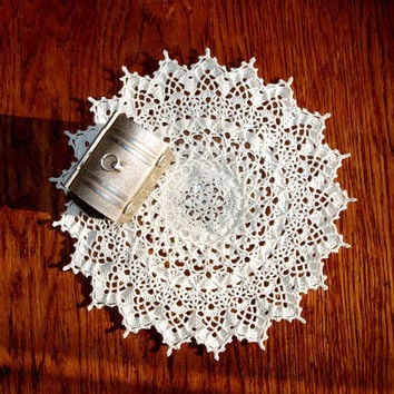 Tabletop Beige doily 9 inches Crochet doily Lace doily White table topper Lace table topper Round doily Gift idea for mom For grandma