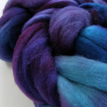 wool roving, spinning fiber, spinning fibre, hand dyed roving, felting wool, hand painted roving, kettle dyed roving, combed top, 4 oz
