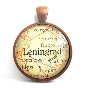 Vintage Map Pendant of Leningrad, USSR, in Glass Tile Circle