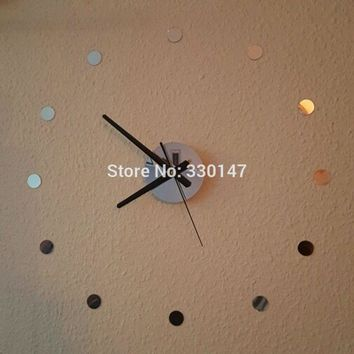 DIY Watch Home Decor Small Round Acrylic Mirror Sticker Simple Time Beauty Self-adhesion Mute 3D Wall Clock