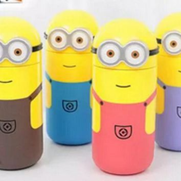 1PC Creative cartoon cute Minions couples bottle convenient seal water bottle high temperature glass random color KL 3083