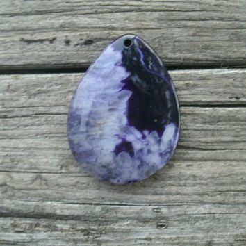 Purple Druzy Agate Teardrop Pendant Bead, DIY jewelry supply, polished and drilled, pendant stones, light purple druzy, dark purple solid