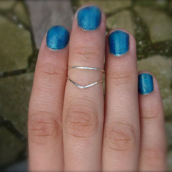 SOLID STERLING SILVER set of 2 Adjustable rings, hand hammered stacking pair One Chevron  One Round