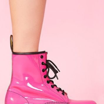 Classic 8 Eye Boot in Hot Pink Patent