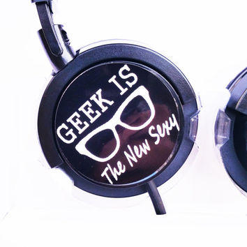 GEEK SEXY HEADPHONES  geek ps4 xbox  videogame  minecraft mp3 pc ps4 xbox star wars star trek dr who sherlock mario bros fandom geekery