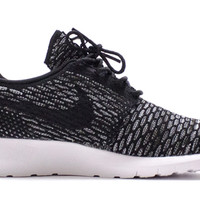 Nike Flyknit Roshe Run Black