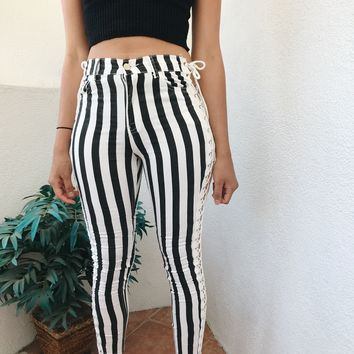 AVA LACE SIDE PANTS- BLK STRIPE