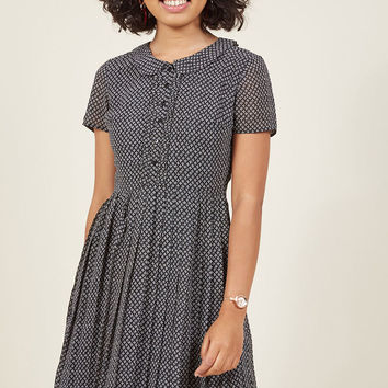 Short-Sleeved Pleated Shirt Dress