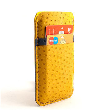 Leather iPhone case. Nubuck leather yellow iPhone 5 sleeve with pocket for Creditcard. iPhone 5/5s leather sleeve. two-color look. Wool felt