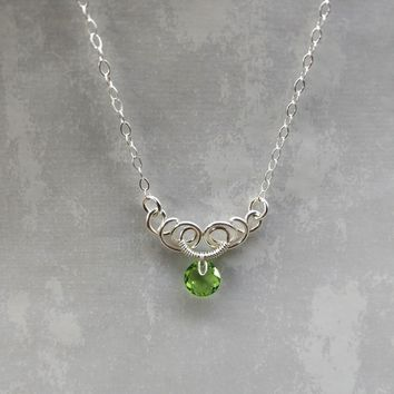 Silver Wire Sculpted Round Green Peridot Crystal Pendant Necklace