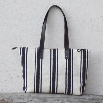 Oversized tote bag / Woven navy striped beach bag / leather strap / zippered travel bag / diaper bag